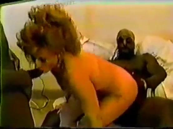 Amateur vintage homemade cuckold interracial