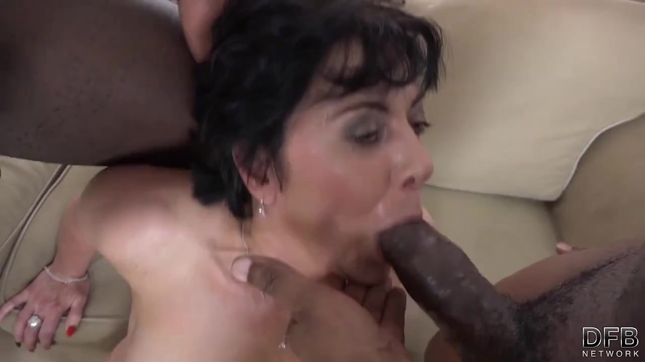 Mature mommy dp interracial deepthroat