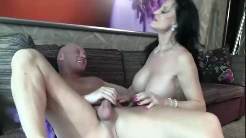 Gorgeous GILF sucks and rides cock of her lover
